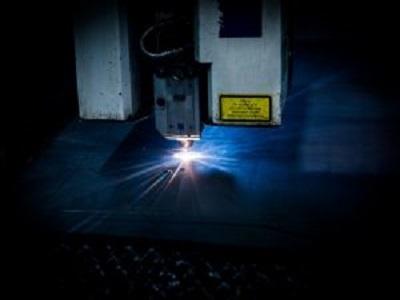 laser-2819140_1920-300x200