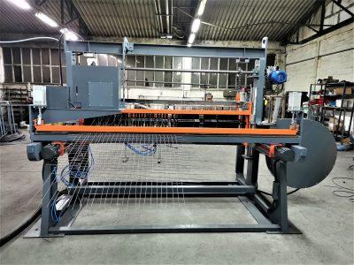 Avtomatski stroj za pletenje valovitih mrež_01